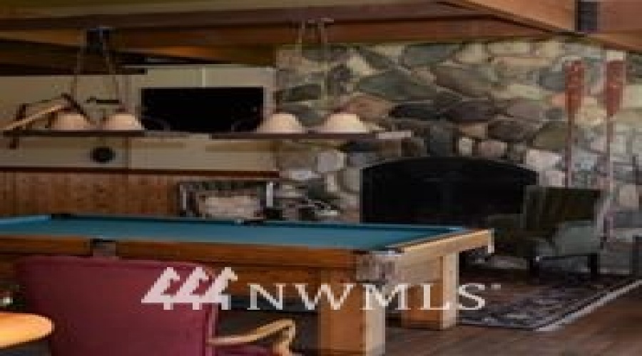 20556 State Route 20, Twisp, Washington 98856, 13 Bedrooms Bedrooms, ,10 BathroomsBathrooms,Residential,For Sale,State Route 20,NWM1732561