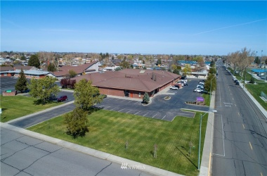 1200 C 14th Street, Pasco, Washington 98944, ,Commercial Sale,For Sale,14th,NWM1758564